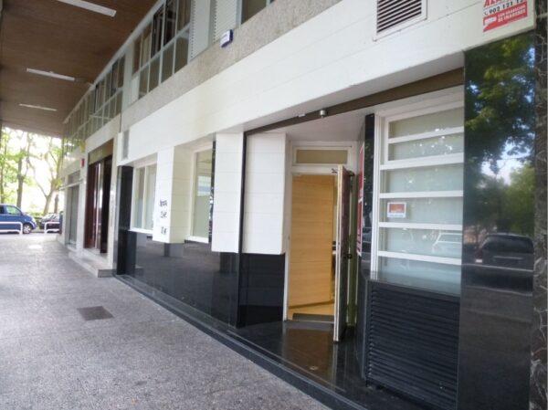 Alquiler de Local en Calle Emilio Arrieta 1A en PAMPLONA