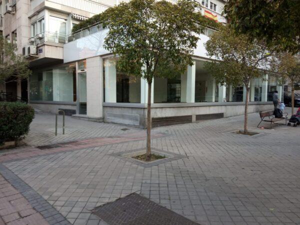 Local comercial en ALQUILER zona BERNABÉU MADRID apto para hostelería sin salida de humos, oficinas, comercio.