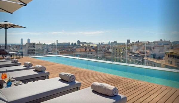 Hotel 5*GL en VENTA en el centro de Barcelona.