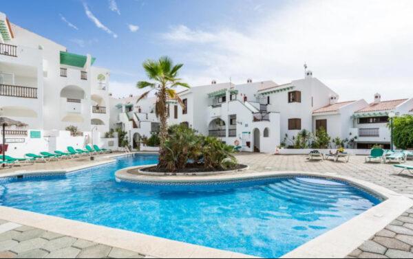 Apartamentos en VENTA, un complejo turístico 3*** Adeje (Tenerife).